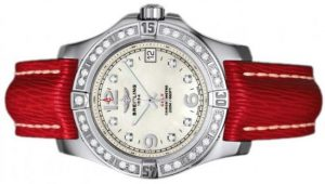 The female replica Breitling Colt A7438953 watches have red leather straps.