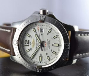 The 44 mm fake Breitling Colt A1738811 watches have silvery dials.