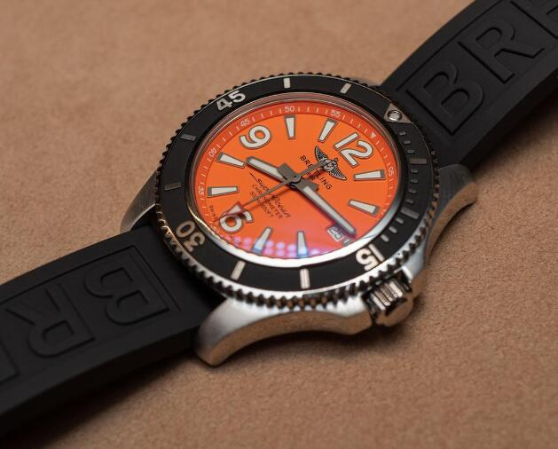 The orange dial will make the wearers every eye-catching.